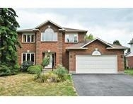 Real Estate Listing   19 VERMEER WAY Ottawa