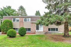Real Estate Listing   15 CHANONHOUSE DRIVE Richmond