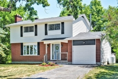 Real Estate Listing   3161 STEEPLE HILL CRESCENT Nepean
